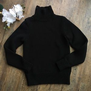 Theory small black wool sweater buttoned neck S